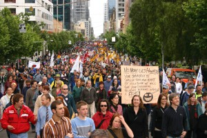 ACTU Your Rights at Work protest, 2005. By Tirin at en.wikipedia (Transferred from en.wikipedia to Commons.) [GFDL (http://www.gnu.org/copyleft/fdl.html) or CC-BY-SA-3.0 (http://creativecommons.org/licenses/by-sa/3.0/)], from Wikimedia Commons