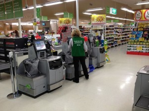 Supermarket self-serve checkouts. By Kgbo (Own work) [CC BY-SA 3.0 (http://creativecommons.org/licenses/by-sa/3.0)], via Wikimedia Commons
